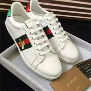 Gucci Ace Embroidered Snaeker